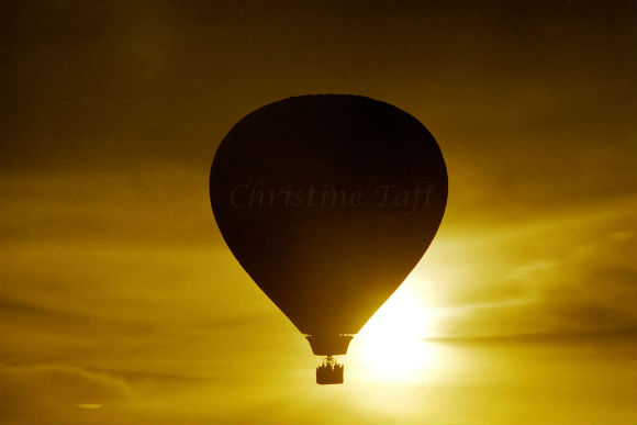 Photograph of award winning photo taken in Phoenix of the hot air ballons at sunrise